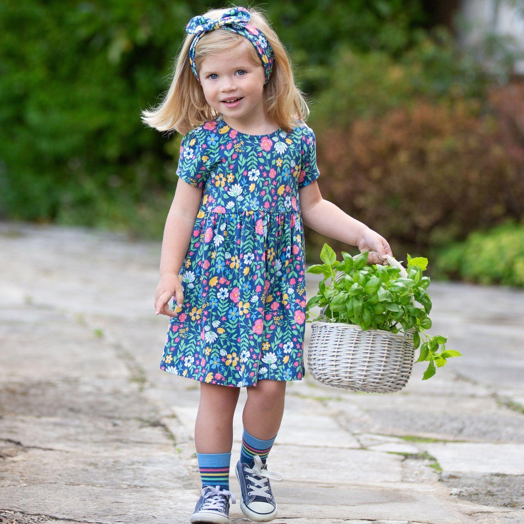 Kurzarm-Kleid mit Blumen