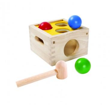 Schlagen und Fallen, Holzspielzeug